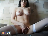 Novinha muito bela e linda se masturbando gostoso